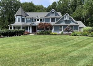 759 Waldens Pond Rd, Guilderland, NY 12203-6006