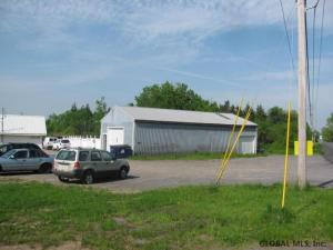 605 South Comrie Av, Johnstown, NY 12095
