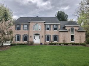 24 Forest Dr, Voorheesville, NY 12186-5205