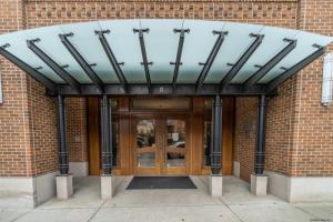 37 Henry St, Saratoga Springs, NY 12866