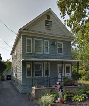 1037 Palmer Av, Niskayuna, NY 12309