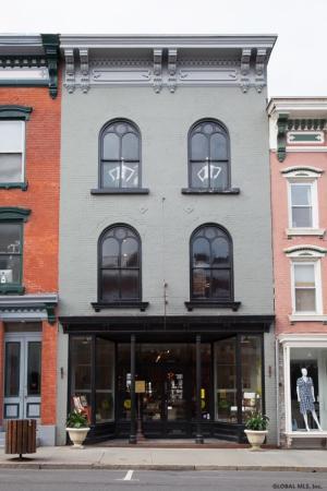 441 Warren St, Hudson, NY 12534
