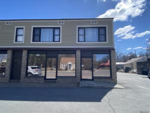 104 Main St, Queensbury, NY 12804