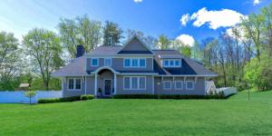 908 Sussex Ct, Guilderland, NY 12203