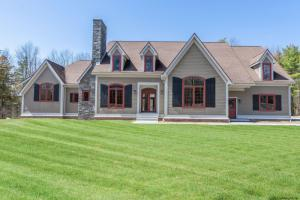 688 County Rt 111, Hannacroix, NY 12087