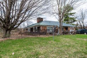 68 Sweetman Rd, Burnt Hills, NY 12027