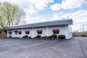106 Charlton Rd, Ballston Spa, NY 12020