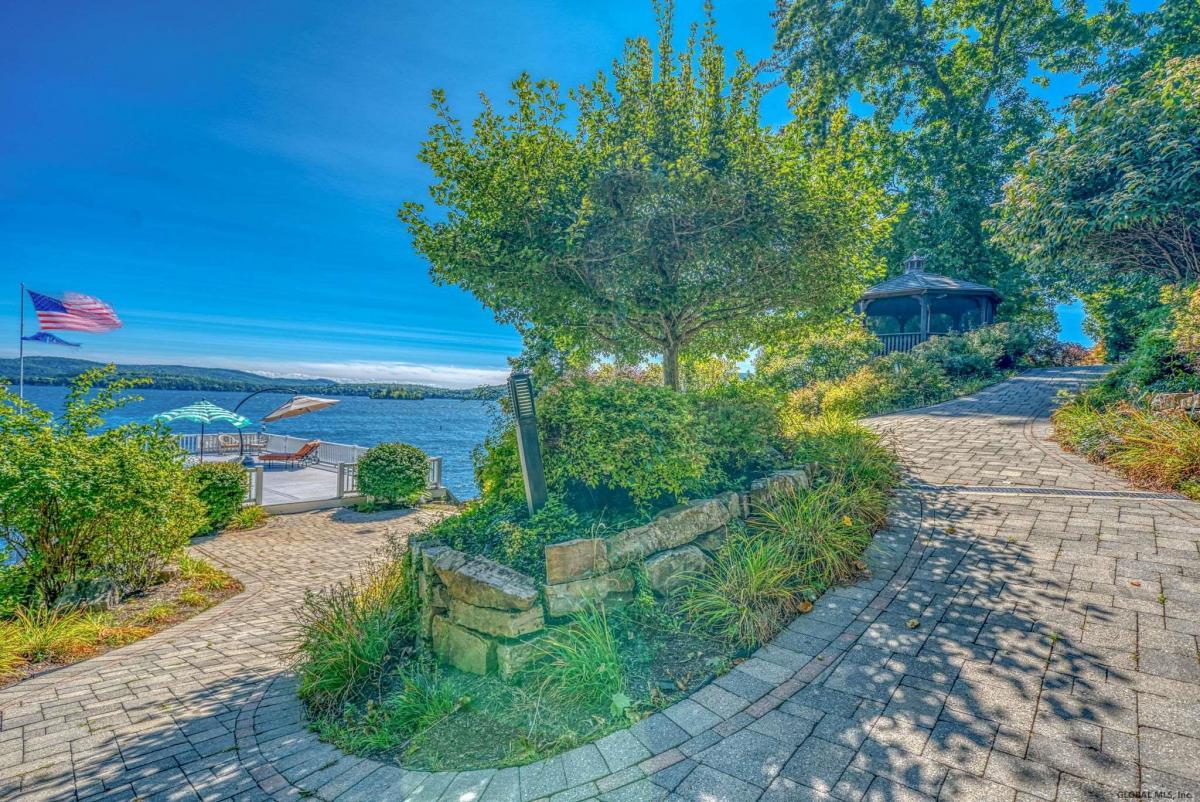 Lake Georg image 8
