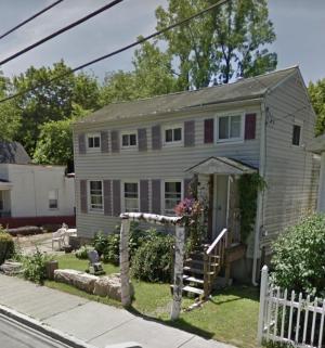 136 Second Av, Rensselaer, NY 12144-2529