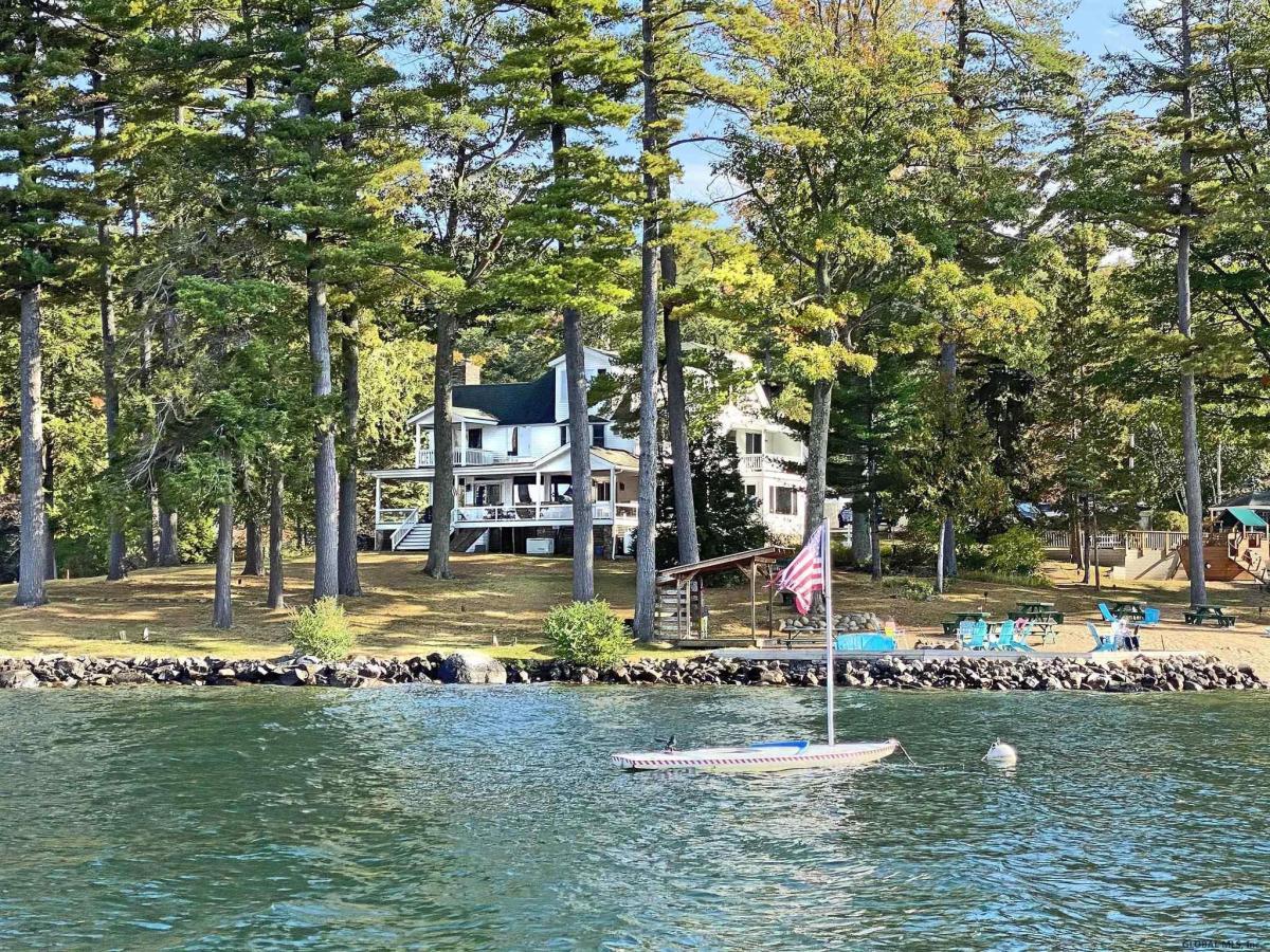 Lake Georg image 3