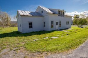 3634 State Highway 20, Sloansville, NY 12160