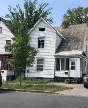 1004 Stanley St, Schenectady, NY 12307