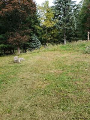226 Cemetery Rd, Troy, NY 12182