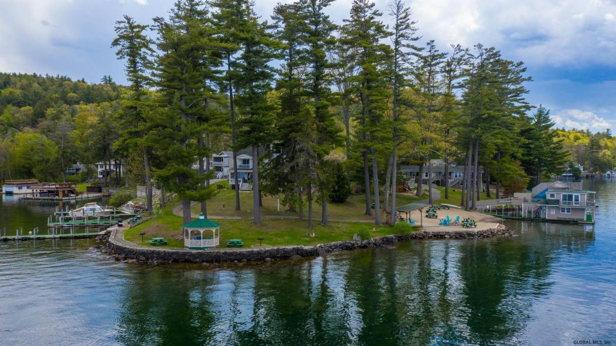 Lake Georg image 85