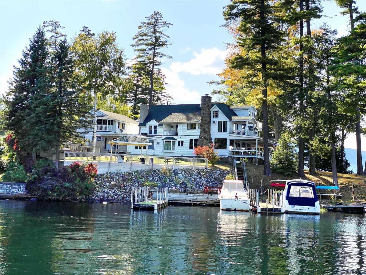 Lake Georg image 9