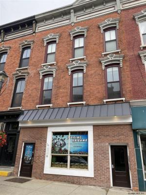 17 West Main St, Johnstown, NY 12095