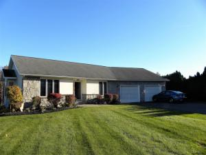 7b Pineview Ct, Waterford, NY 12188