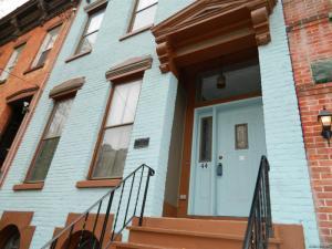 44 Trinity Pl, Albany, NY 12202-1820
