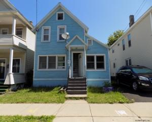 1051 Strong St, Schenectady, NY 12307
