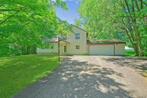 3 Forest Rd, Burnt Hills, NY 12027