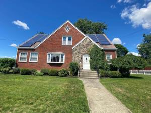 16 2nd St, Cohoes, NY 12047