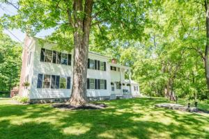 101 Canty Rd, Greenfield Center, NY 12833