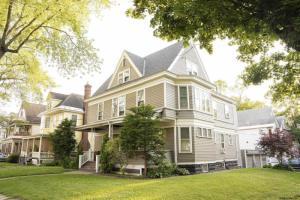 1091 Wendell Av, Schenectady, NY 12308-2862