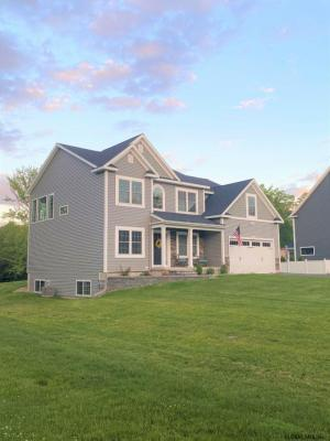 842 Pearse Rd, Schenectady, NY 12309