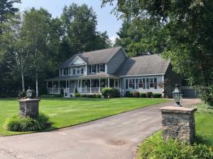 9 Whispering Pines Way, Queensbury, NY 12804