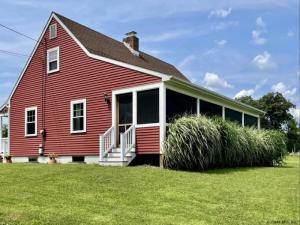 71 & 49 Retreat House Rd, Glenmont, NY 12077